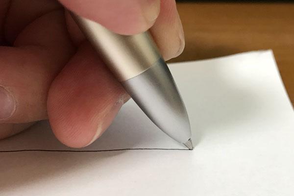 スムーズに書ける角度